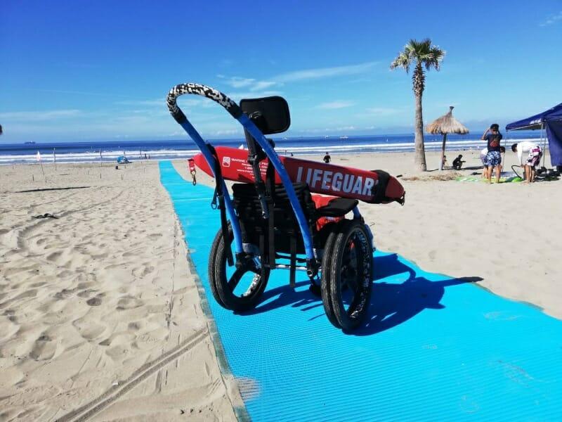 ユニバーサルビーチ~砂浜にビーチマット~